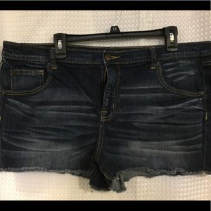 Mossimo boyfriend shorts size 18/34